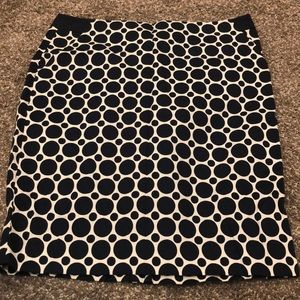 NWT White and Navy Blue Circle Pencil Skirt